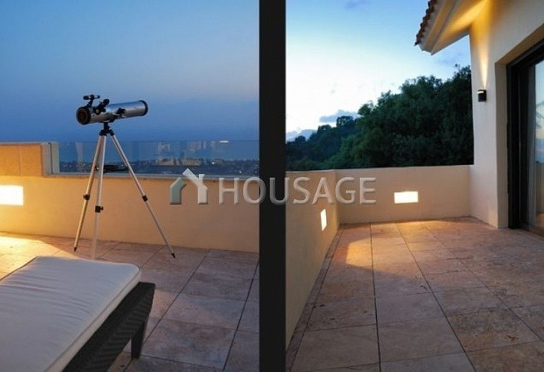 Flat for sale in Los Monteros, Marbella, Spain, 301 m² - photo 11