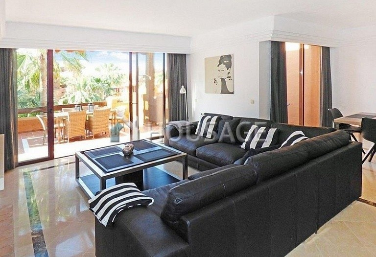 Flat for sale in Puerto Banus, Marbella, Spain, 177 m² - photo 8