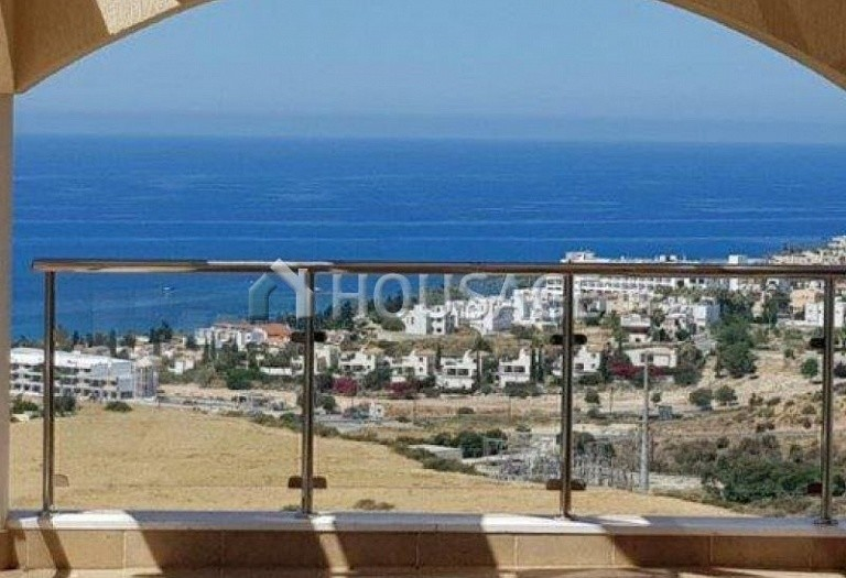 6 bed villa for sale in Kissonerga, Pafos, Cyprus, 440 m² - photo 4