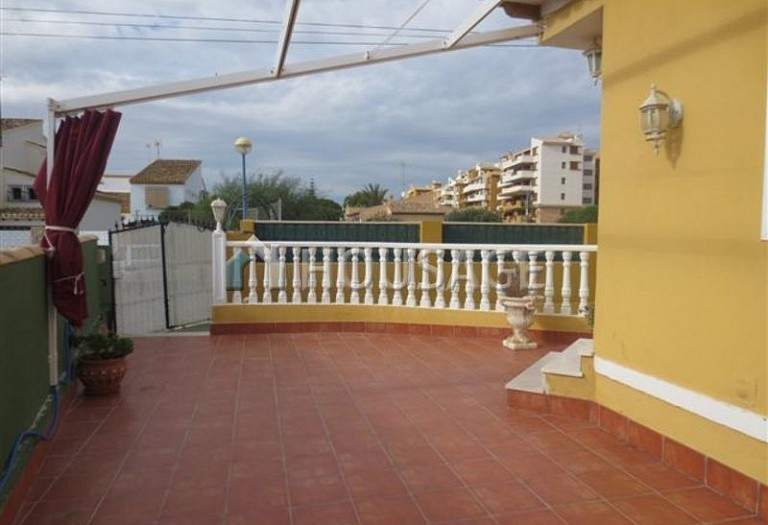 3 bed villa for sale in Orihuela Costa, Spain - photo 3
