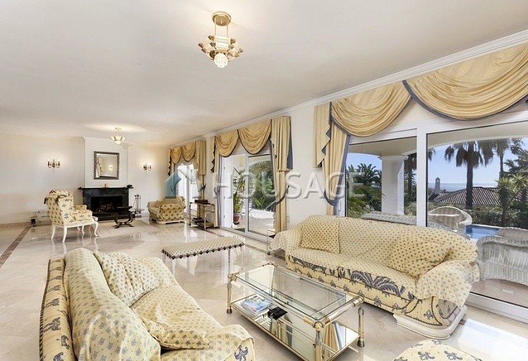 Villa for sale in Marbella Golden Mile, Marbella, Spain, 492 m² - photo 3