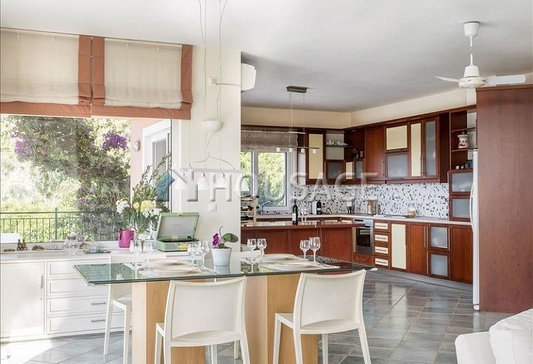 6 bed villa for sale in Agia Marina, Athens, Greece, 400 m² - photo 9
