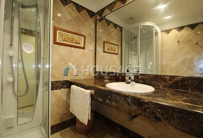 Apartment for sale in San Pedro Playa, San Pedro de Alcantara, Spain, 118 m² - photo 10