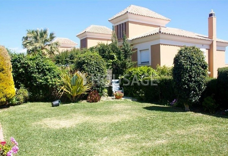 Villa for sale in Los Monteros, Marbella, Spain, 210 m² - photo 1