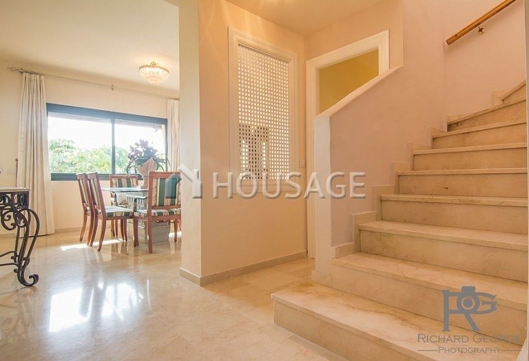 Flat for sale in Atalaya, Estepona, Spain, 300 m² - photo 6