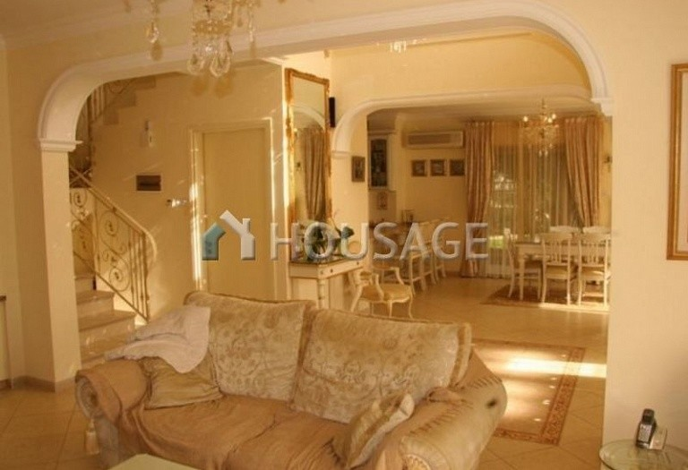 4 bed villa for sale in Coral Bay, Pafos, Cyprus, 200 m² - photo 15