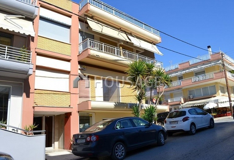 2 bed flat for sale in Nea Moudania, Kassandra, Greece, 80 m² - photo 1
