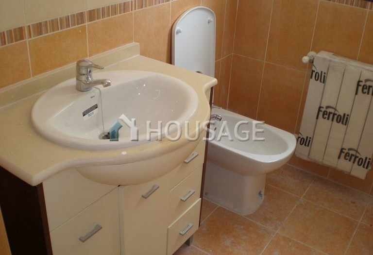 3 bed flat for sale in Alcoy, Spain, 98 m² - photo 15