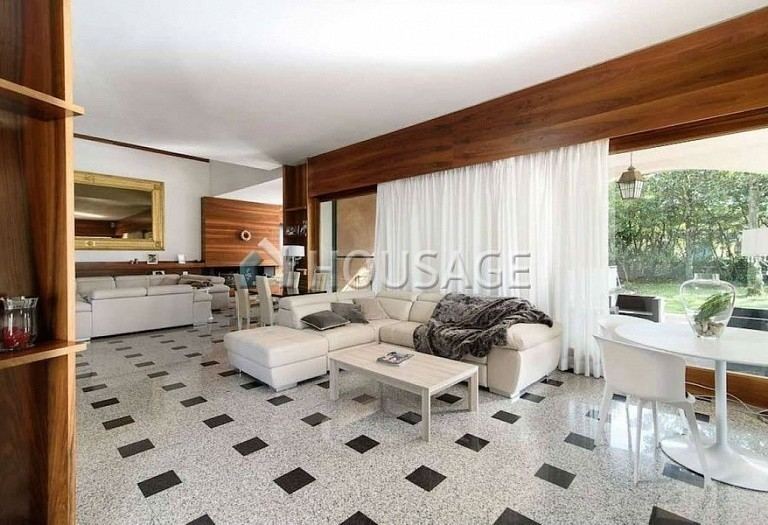 9 bed villa for sale in Rome, Italy, 1100 m² - photo 2