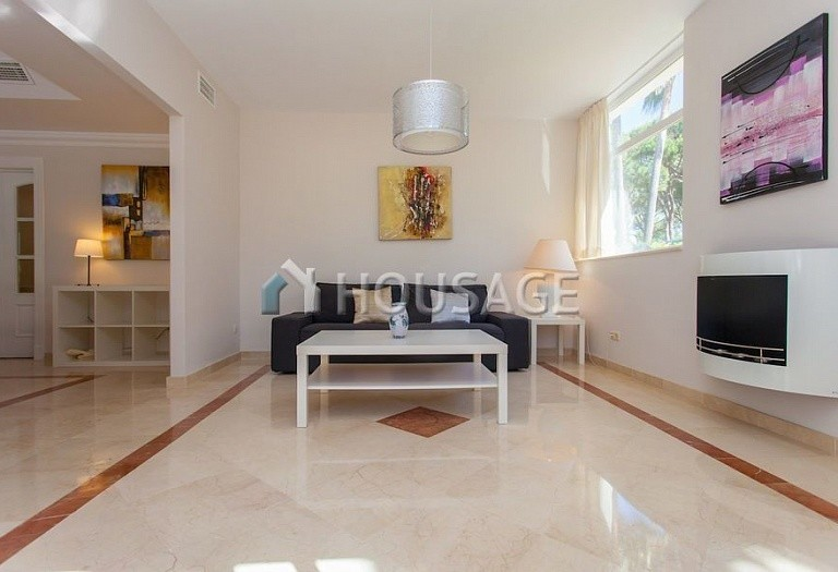 Villa for sale in Las Chapas, Marbella, Spain, 720 m² - photo 15
