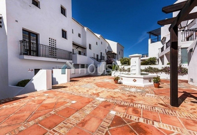Flat for sale in Los Monteros, Marbella, Spain, 240 m² - photo 18