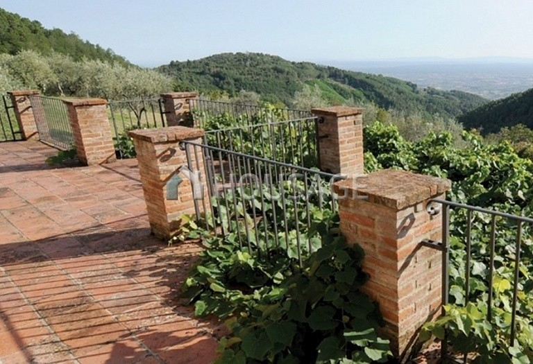 5 bed villa for sale in Montecatini Terme, Italy, 760 m² - photo 7