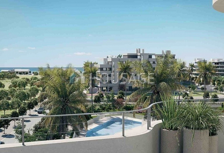 3 bed flat for sale in Torremolinos, Spain, 133 m² - photo 1
