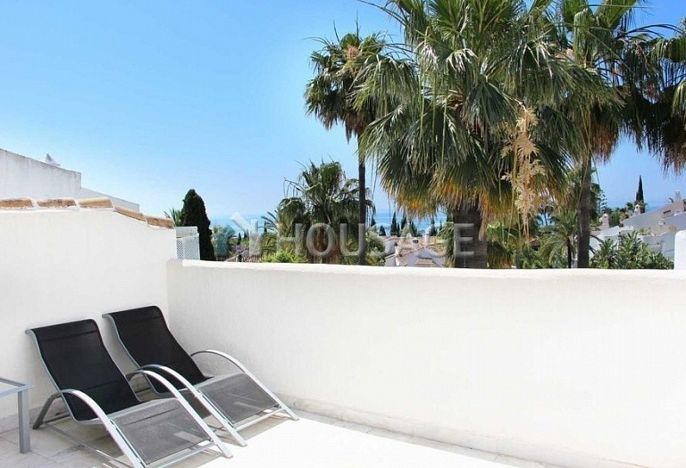 Townhouse for sale in Marbella, Spain, 234 m² - photo 2