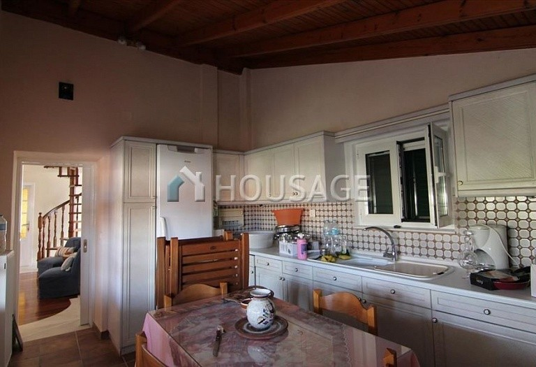 3 bed a house for sale in Sinarades, Kerkira, Greece, 180 m² - photo 4