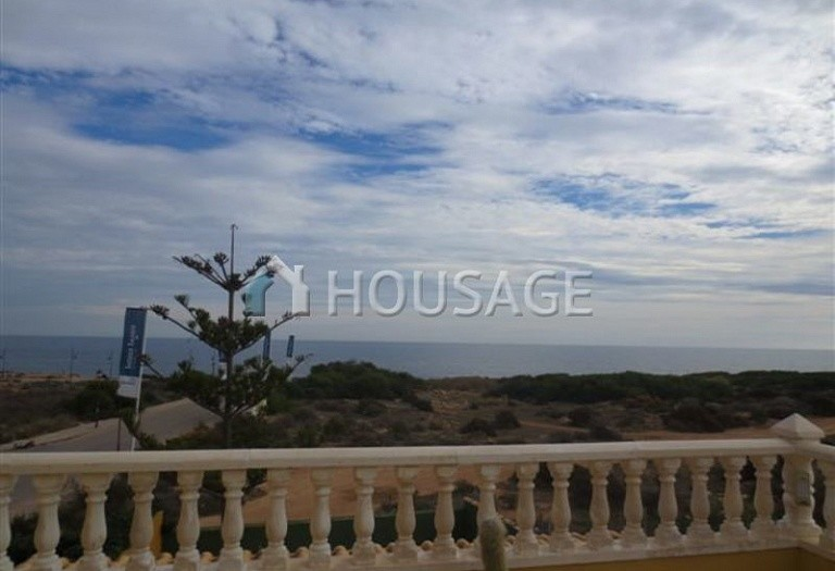 3 bed villa for sale in Orihuela Costa, Spain - photo 10