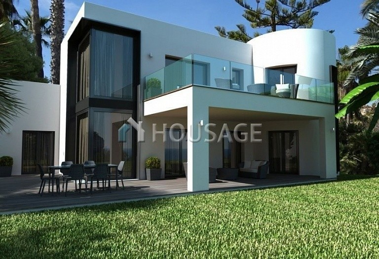 5 bed villa for sale in Calpe, Calpe, Spain, 295 m² - photo 2