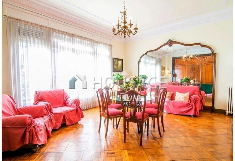 10 bed flat for sale in Barcelona, Spain, 425 m² - photo 2