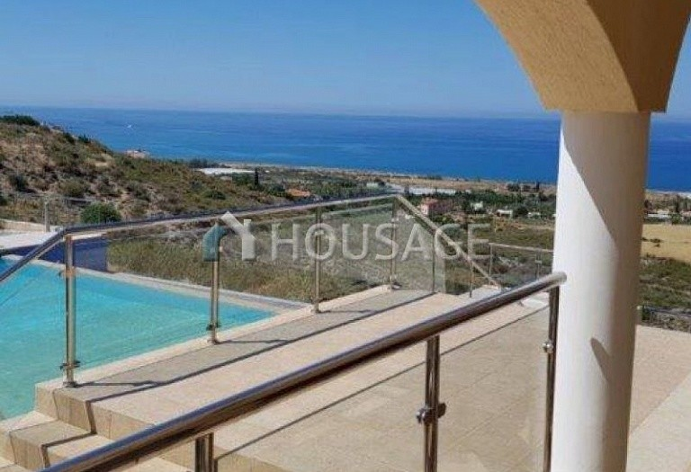 6 bed villa for sale in Kissonerga, Pafos, Cyprus, 440 m² - photo 11