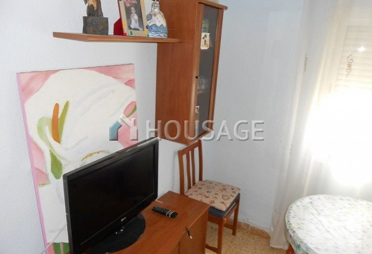 4 bed flat for sale in Manises, Spain, 105 m² - photo 17