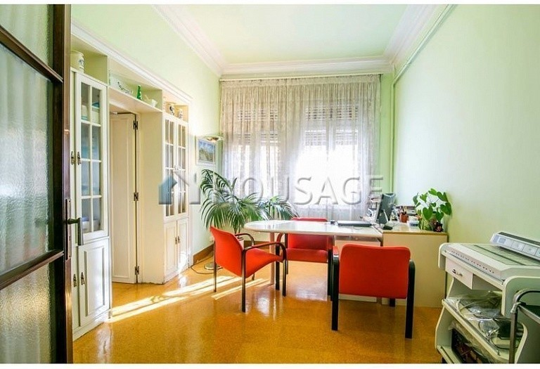 10 bed flat for sale in Barcelona, Spain, 425 m² - photo 4
