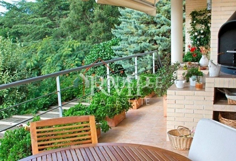 5 bed a house for sale in Sant Vicenc de Montalt, Spain, 405 m² - photo 3