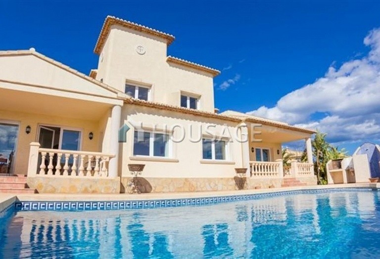 5 bed villa for sale in Calpe, Calpe, Spain, 265 m² - photo 1