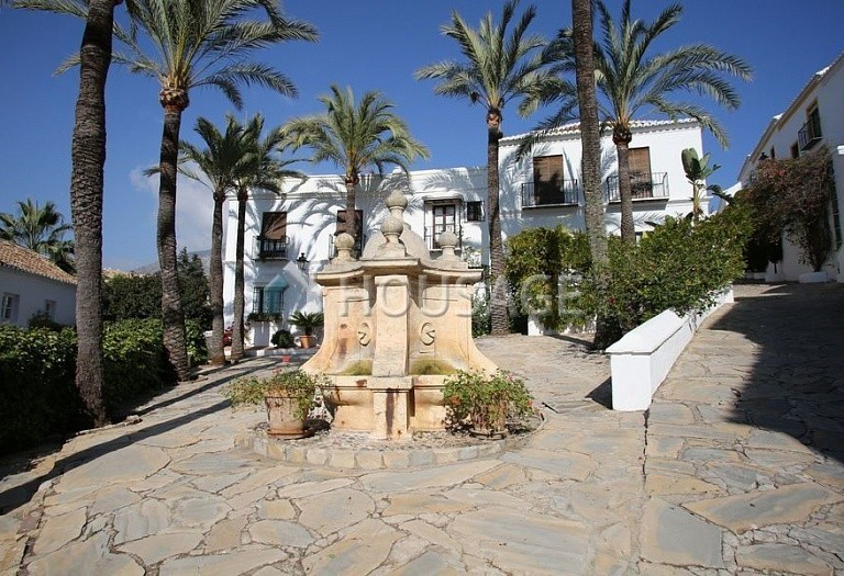 Townhouse for sale in Marbella Golden Mile, Marbella, Spain, 90 m² - photo 14