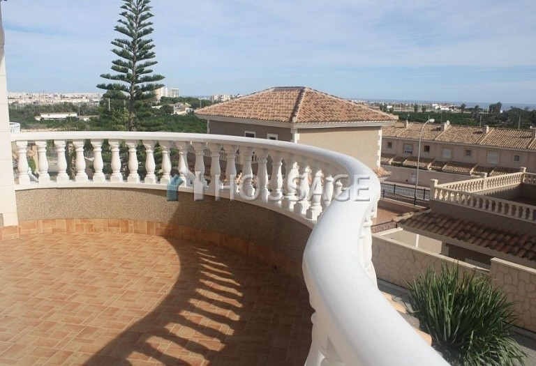 3 bed villa for sale in Torrevieja, Spain, 106 m² - photo 8