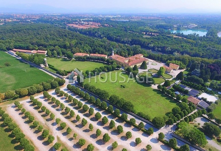 Villa for sale in Milan, Italy, 8000 m² - photo 29