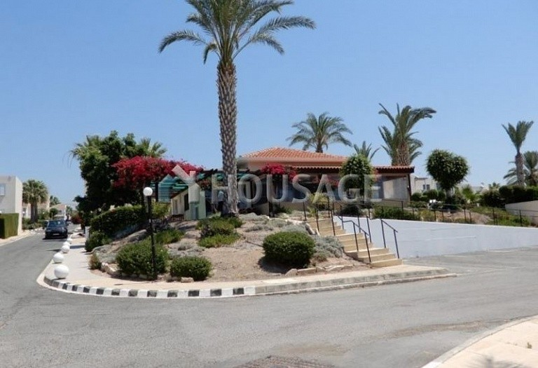 Commercial property for sale in Coral Bay, Pafos, Cyprus - photo 12