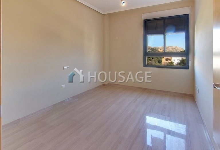 2 bed apartment for sale in Javea, Spain - photo 4