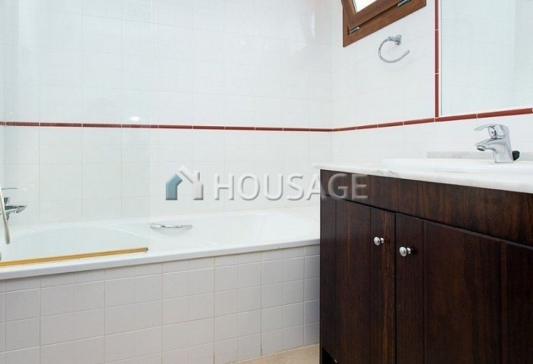 2 bed apartment for sale in Torrevieja, Spain - photo 6