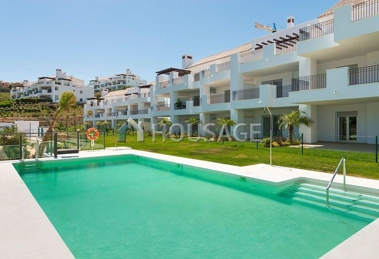 2 bed apartment for sale in Marbella, Spain, 84 m² - photo 1