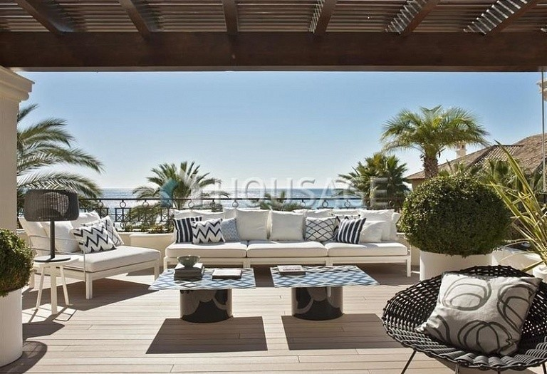Flat for sale in Los Monteros, Marbella, Spain, 749 m² - photo 2