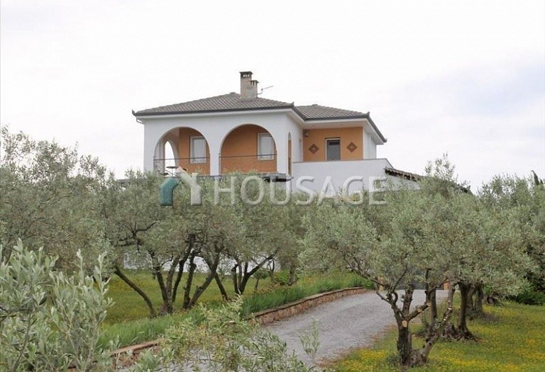 4 bed house for sale in Makrygialos, Pieria, Greece, 197 m² - photo 1