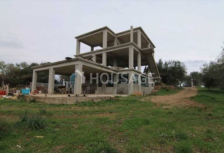 A house for sale in Thermi, Salonika, Greece, 200 m² - photo 1