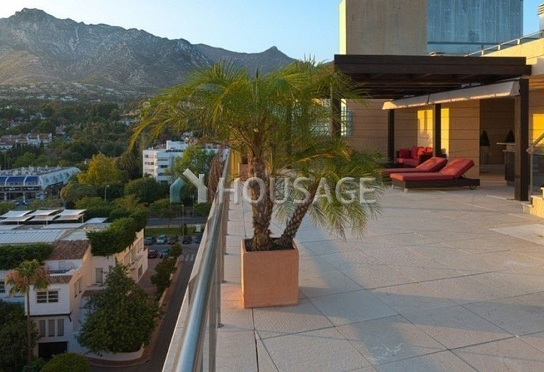 Flat for sale in Marbella, Spain, 661 m² - photo 18