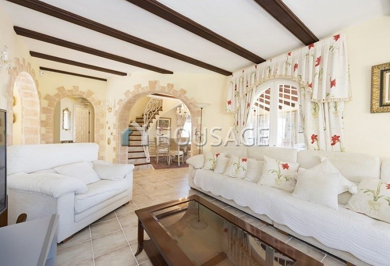 5 bed villa for sale in Calpe, Spain, 267 m² - photo 17