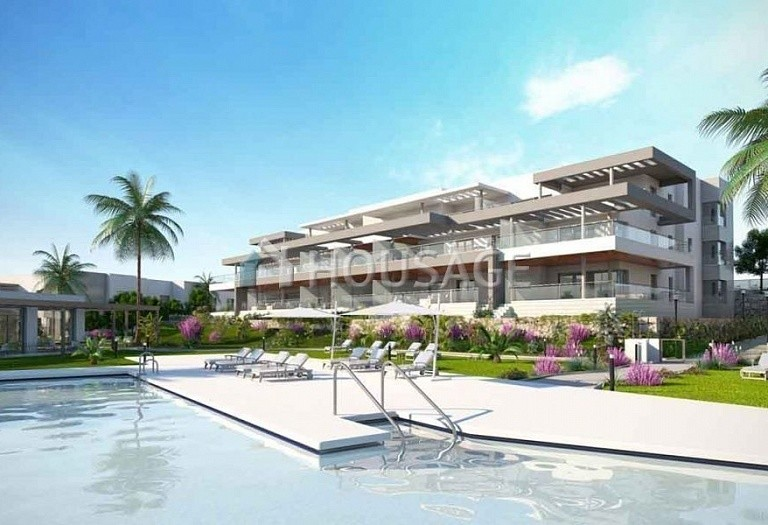2 bed flat for sale in Estepona, Spain, 136 m² - photo 1