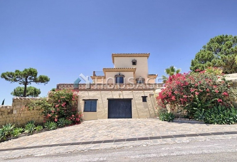 Villa for sale in Estepona, Spain, 560 m² - photo 18