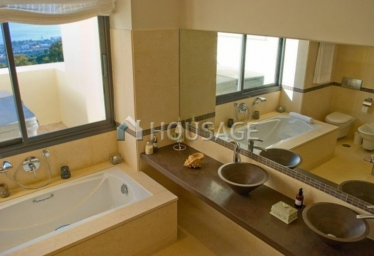 Flat for sale in Los Monteros, Marbella, Spain, 301 m² - photo 6