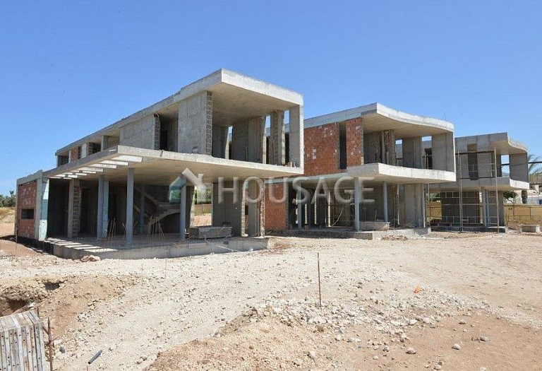 4 bed villa for sale in Coral Bay, Pafos, Cyprus - photo 18