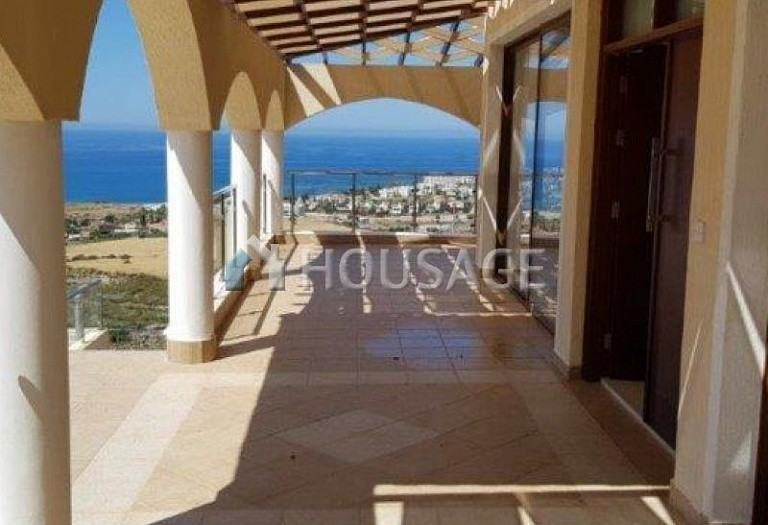 6 bed villa for sale in Kissonerga, Pafos, Cyprus, 440 m² - photo 15