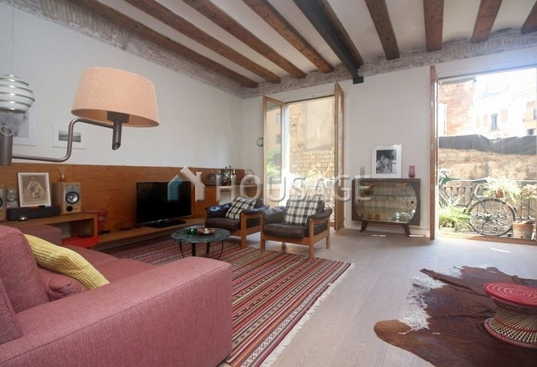 3 bed flat for sale in Gothic Quarter, Barcelona, Spain, 140 m² - photo 1