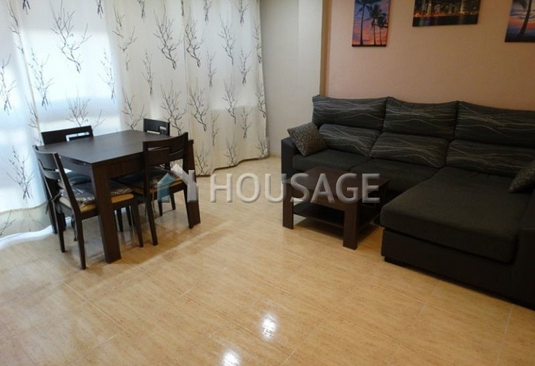 3 bed flat for sale in Alicante, Spain, 80 m² - photo 1