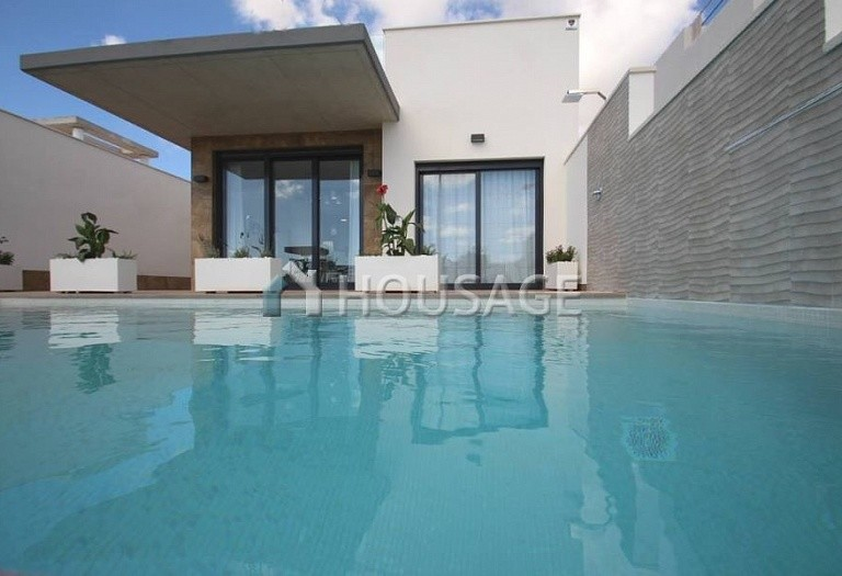 2 bed villa for sale in Orihuela Costa, Spain, 187 m² - photo 1