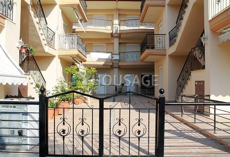 2 bed flat for sale in Nea Plagia, Kassandra, Greece, 70 m² - photo 1