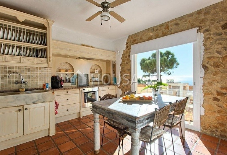 Villa for sale in Estepona, Spain, 560 m² - photo 4