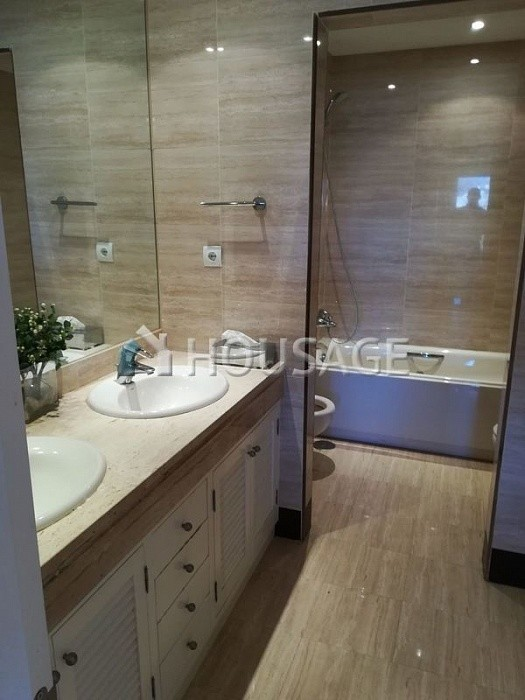 Apartment for sale in Nueva Andalucia, Marbella, Spain, 127 m² - photo 6